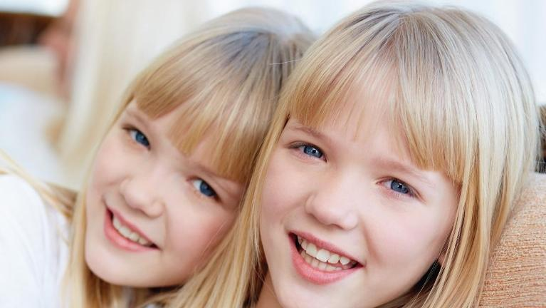 two smiling girls | katoomba nsw dentist